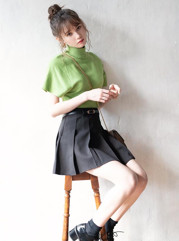 ベルト・インパン裏地付きプリーツスカート