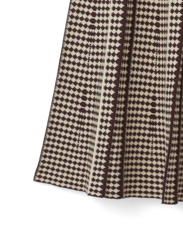 幾何学柄フレアロングニットスカート
