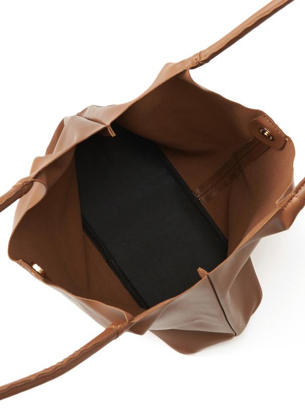 レザートートバッグ