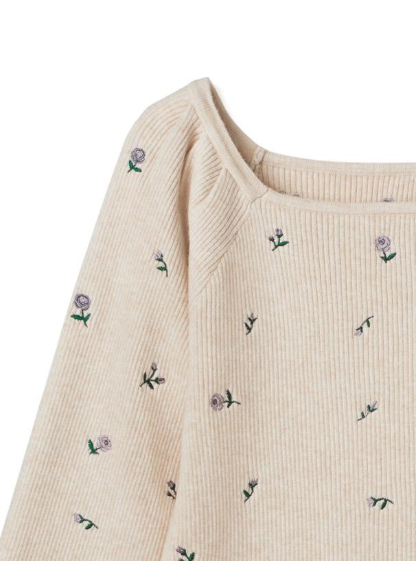 スクエアネック花柄刺繍ニットトップス