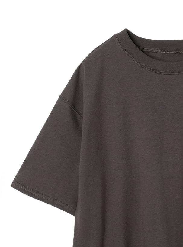バックタグデザインラウンドヘムTシャツ