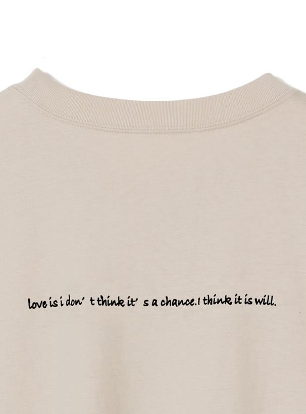 バックロゴラウンドヘムTシャツ