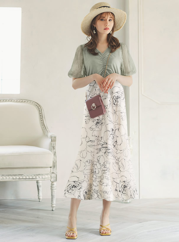 花柄マーメイドロングスカート