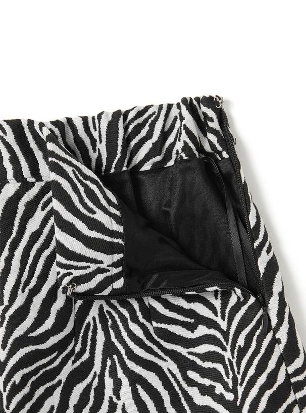 インパン裏地付きゼブラ柄台形ミニスカート