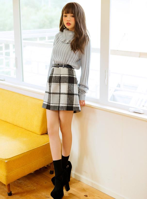 ベルト付きシャギーチェック台形スカート
