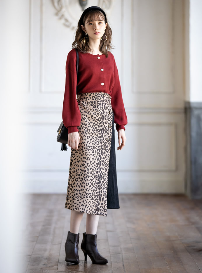 レオパード柄ラップデザインスエードスカート