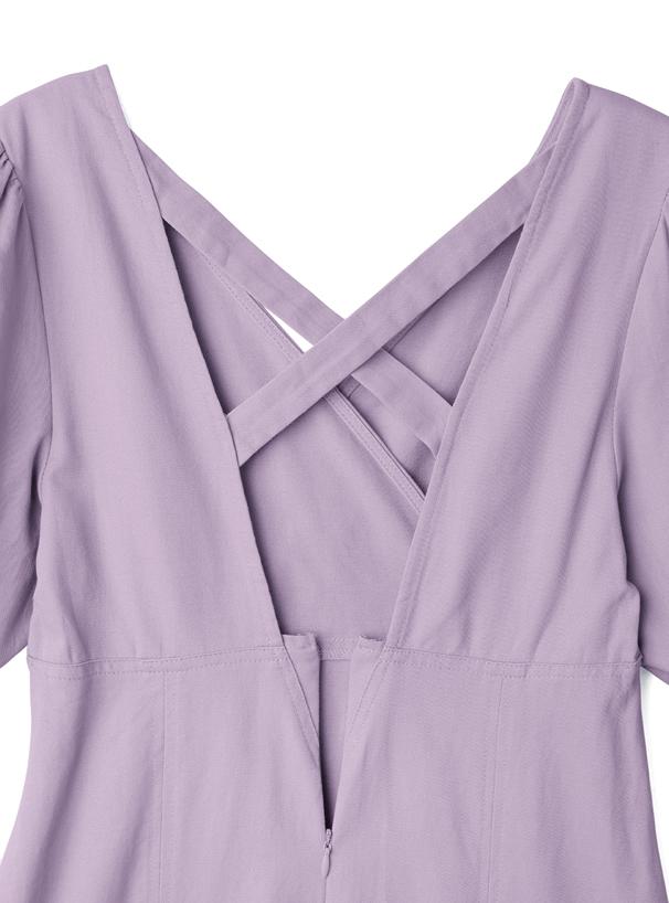白石麻衣 ベルト付きバックオープンパフスリーブワンピース