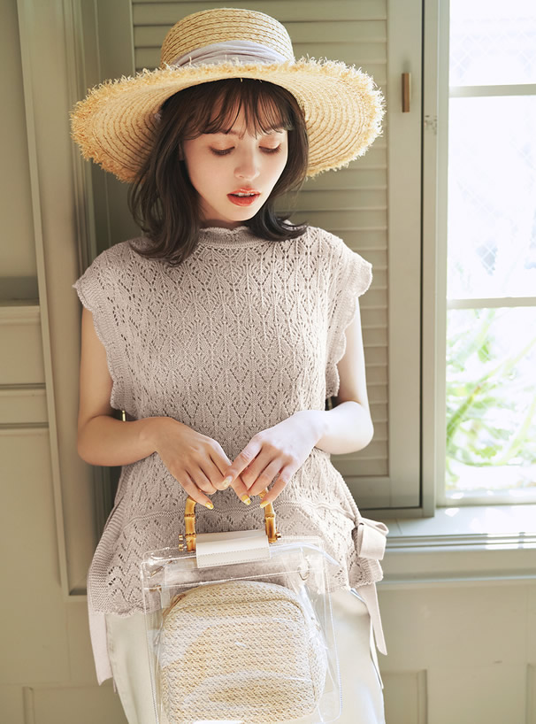 スカラップサイドリボン透かし編みベスト