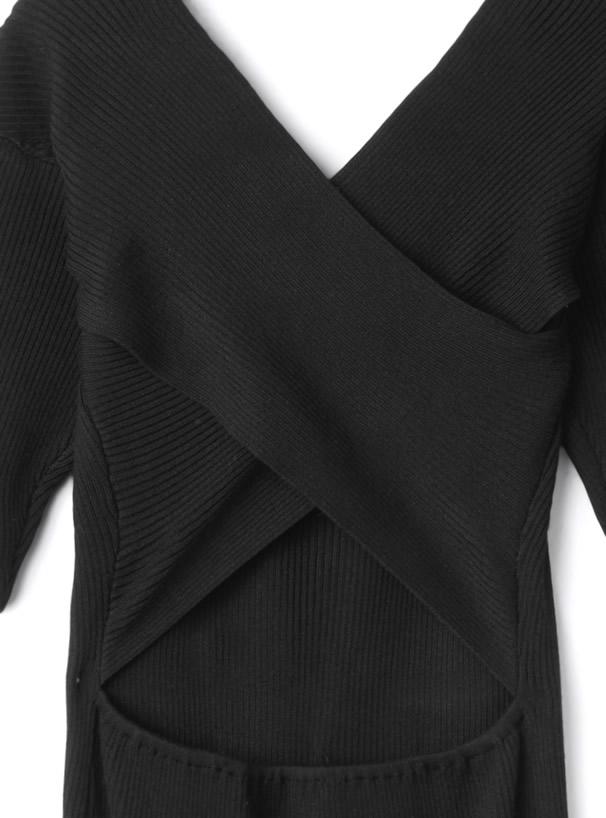 白石麻衣 バックオープンスリットニットワンピース
