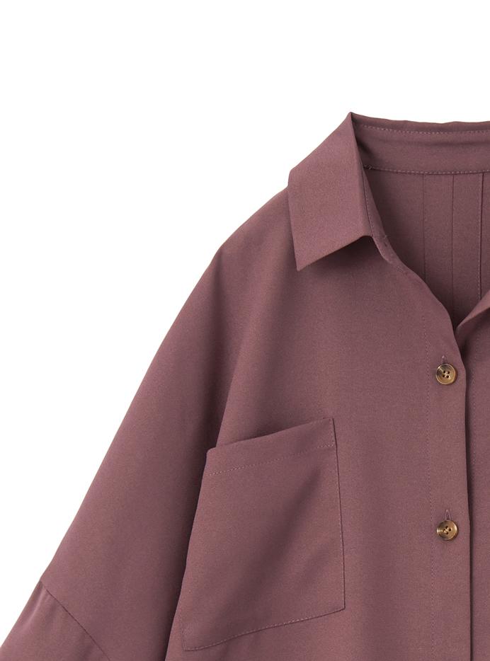 バックスリットルーズシャツ