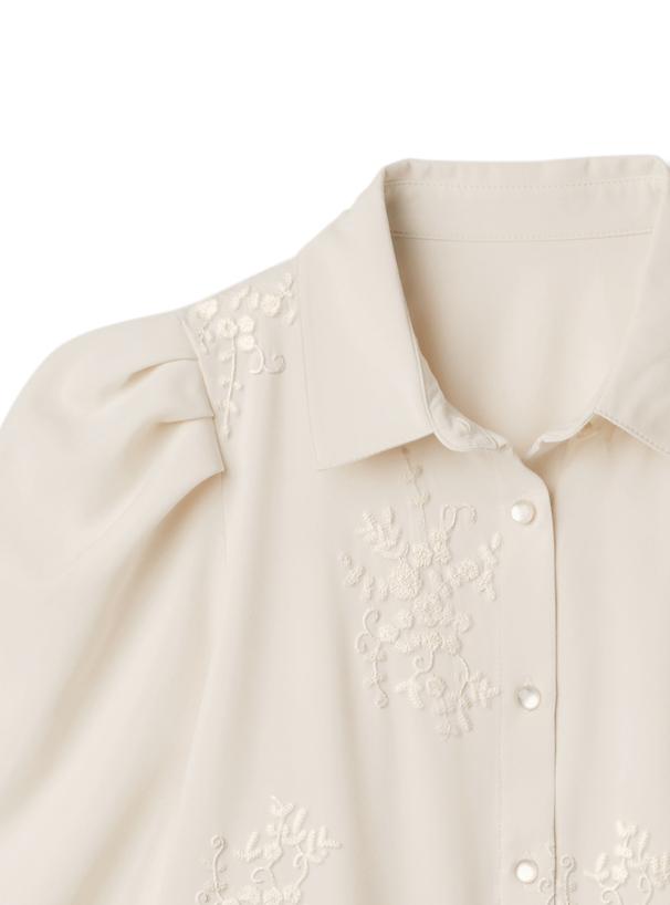 花柄刺繍パワショルブラウス