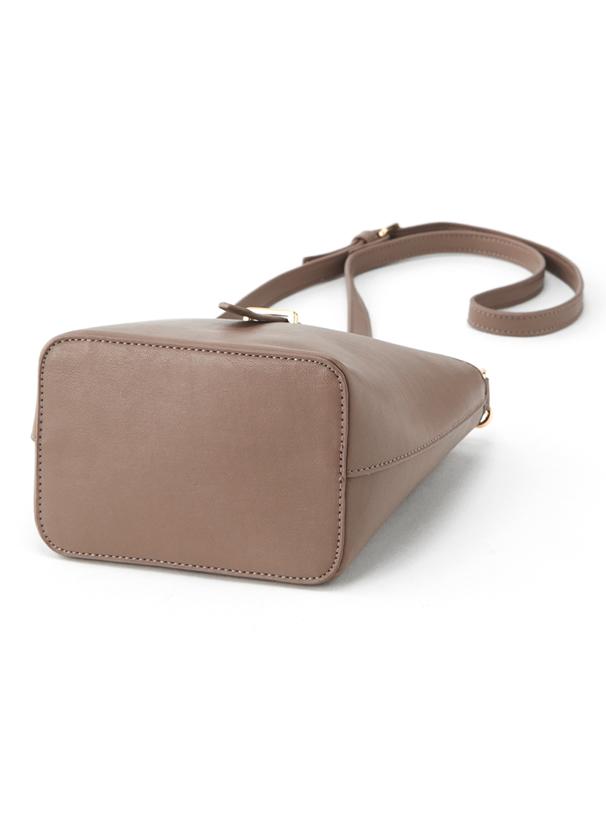 レザーベルトデザインバッグ