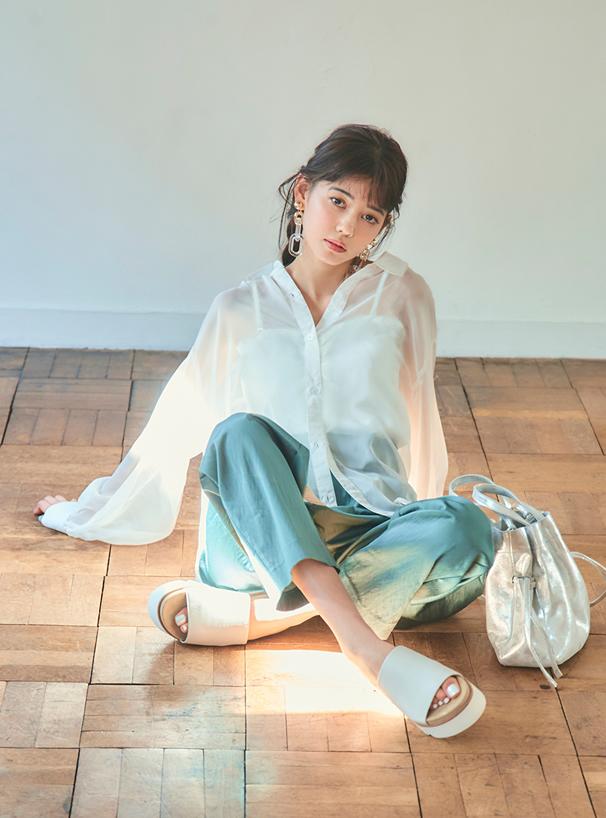 今田美桜 パッド入り裾メロウフリルテレコキャミソール