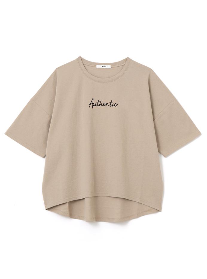 ロゴ刺繍入りTシャツ