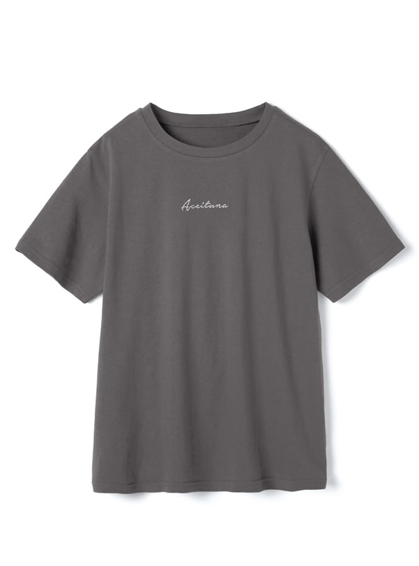 ロゴ刺繍Tシャツ