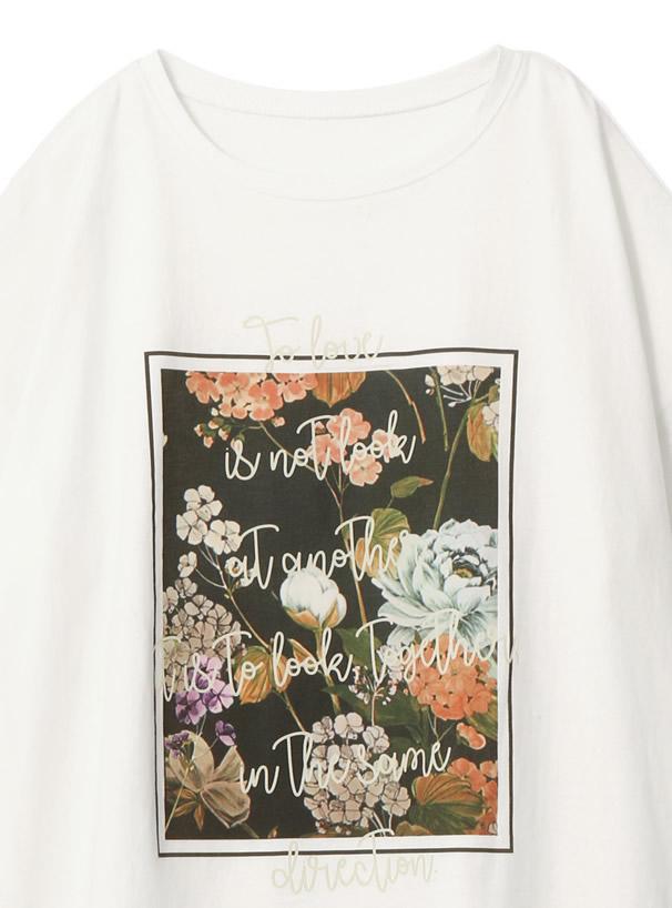 花柄プリントTシャツ