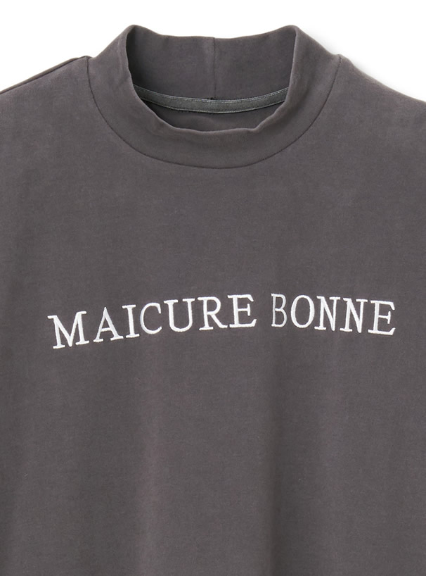 モックネックロゴ刺繍Tシャツ