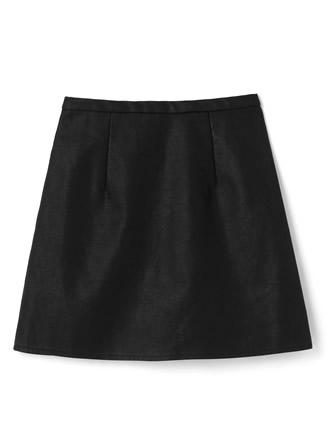 インナーパンツ付きレザー台形スカート