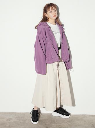 ベルト付ラップデザインフレアスカート