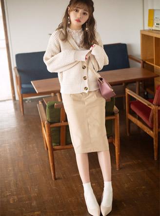 タックナロースカート