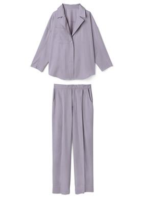 桐谷美玲 リボンベルト付きシャツジャケットXパンツセットアップ