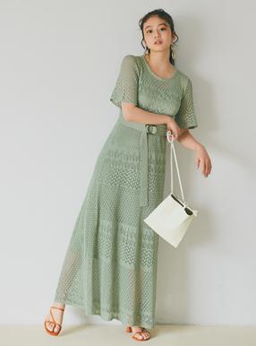 今田美桜 ベルト付き透かし編みニットワンピース