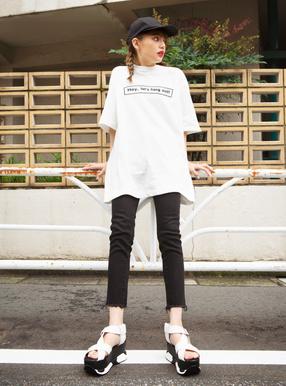 ボックスロゴビッグTシャツ