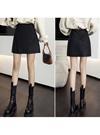 インパン裏地付きレザー台形ミニスカート