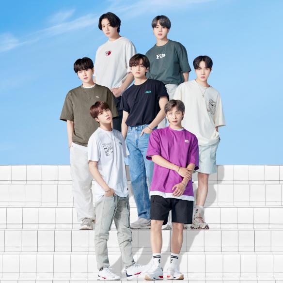 【BTS着用モデル】ノベルティ付FILAロゴTシャツ発売開始!