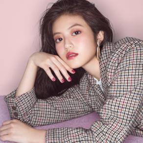 女優 今田美桜さんが着こなす2019AWカタログを公開中!!